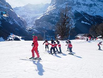 スイス語学スキー研修